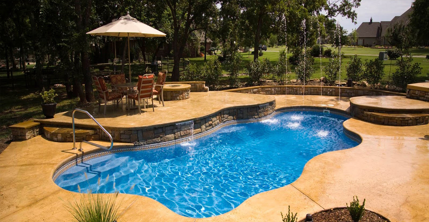 goldenpoolservices_Fiberglass Pools